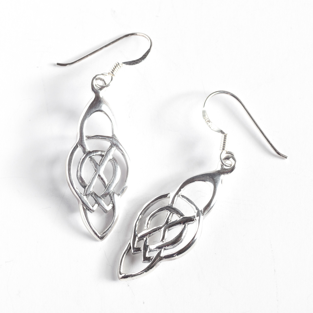 silver gilbert designs tracy earrings knot round product celtic symmetrical stud
